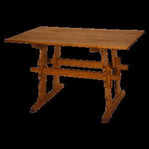 Table à pieds chantournés
