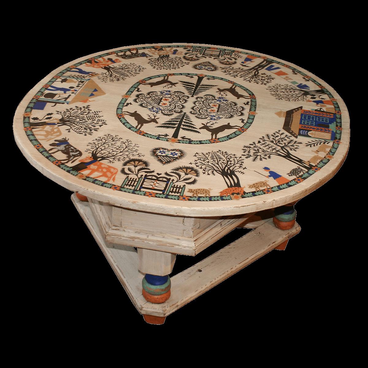 Table basse au décor récent (inspiration d'après Hauswirth)