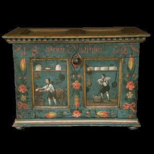 Pièce de musée, petit coffre peint